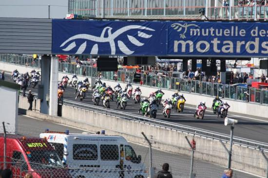 magny-cours-d-part.jpg